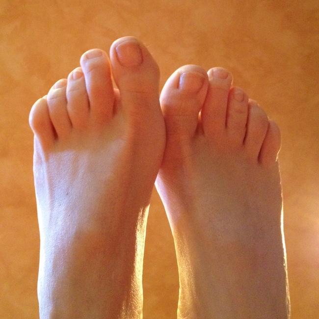 golden clean feet